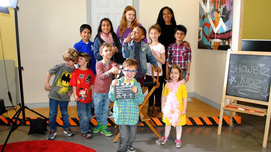 Fun group photo of children's acting course
